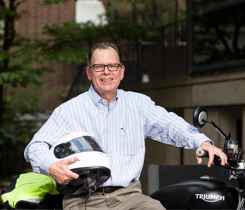 Neurology's Davis blends modesty, clinical excellence