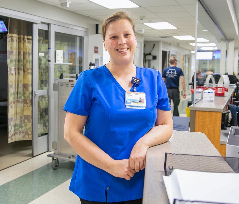 Vanderbilt nurse aids sick passenger during a flight.