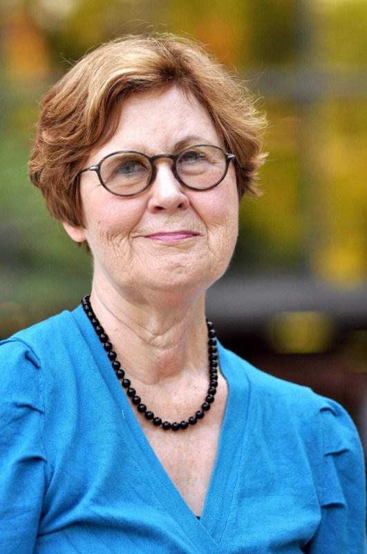Lynn Ferguson headshot