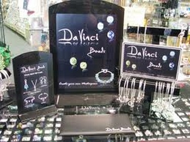 DaVinci beads display