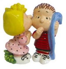 Sally and Linus salt pepper set