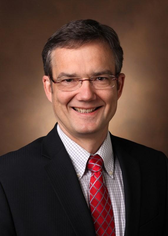 Dr. Bjorn Knollmann